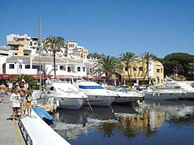 restaurants and bars along the Marina frontage at Cabopino